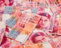 Jaki frank jest lepszy złoty frank czy papierowy frank